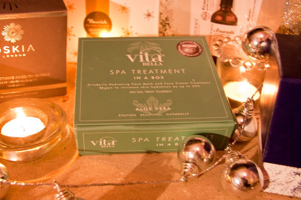 Vitabella-spa-in-a-box Natural Beauty Christmas Gift